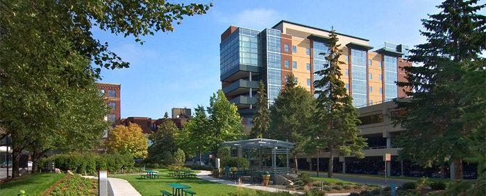 Exterior of Abbott Northwestern Hospital